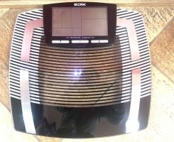 Весы электронные BORK SC EFG 5418 BK