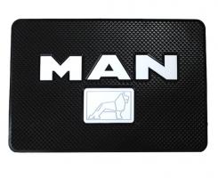 Противоскользящий коврик MAN черный