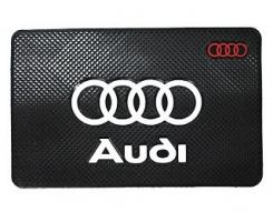 Противоскользящий коврик AUDI черный